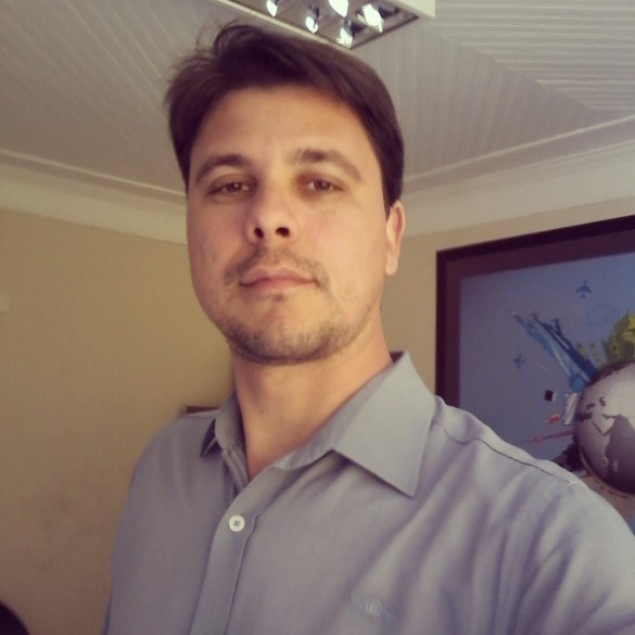 Daniel Farjani de Sousa